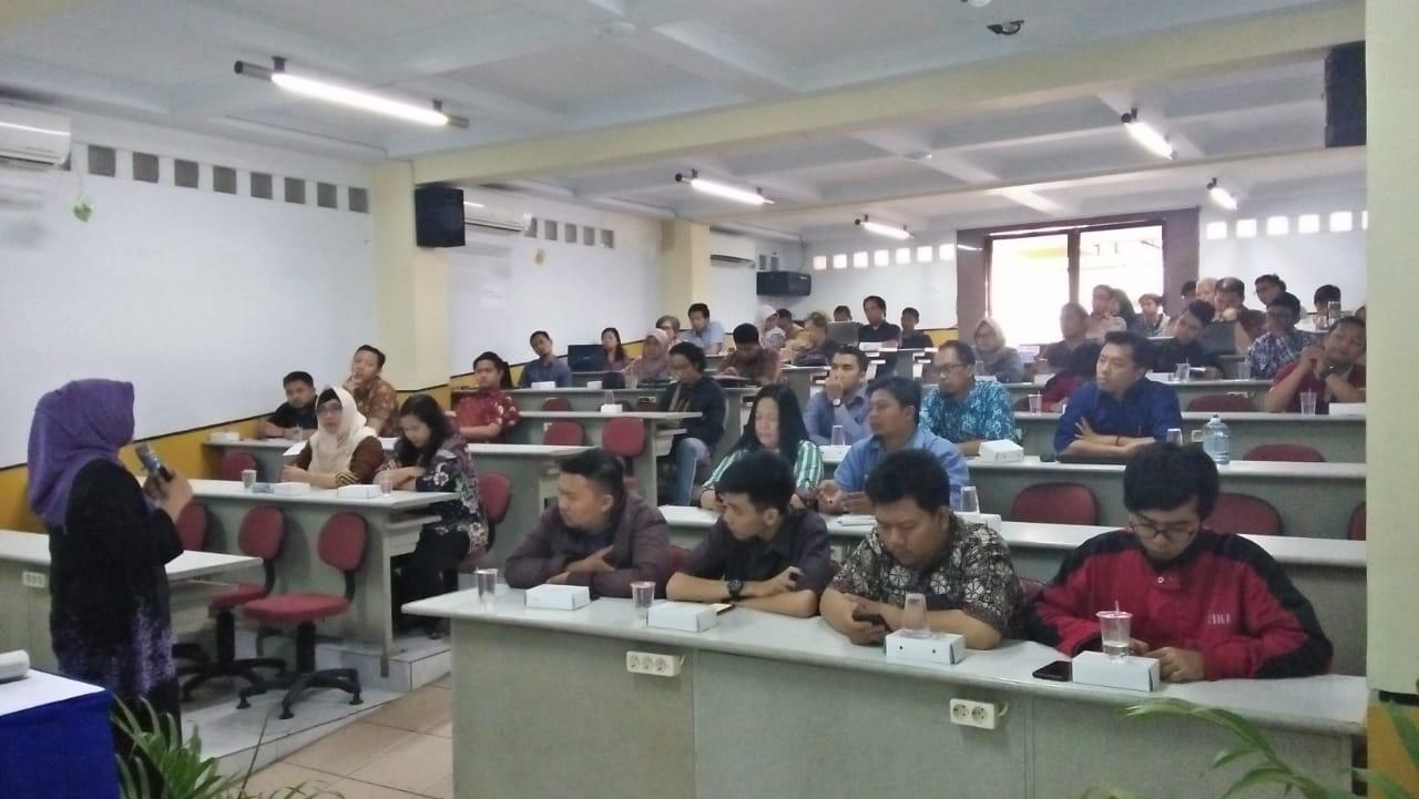 Pelatihan Dosen Dan Tenaga Laboran – Meningkatkan Kualitas Pembelajaran Melalui Lesson Study 1 November 2018